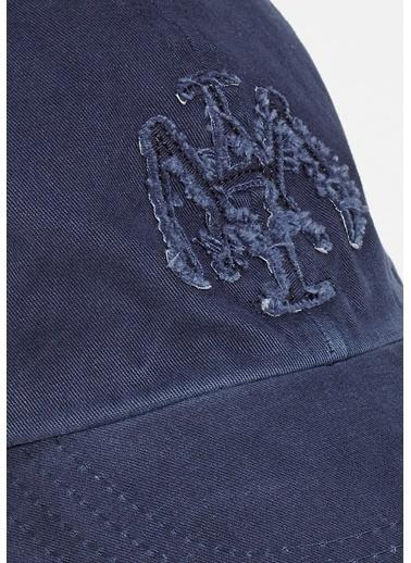 Mavi Şapka Mavi